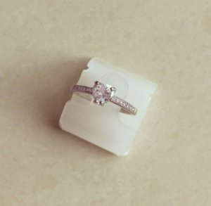 Anel Coração Luxo Cravação Micro e Maxi Zircônias Diamond Ródio Branco