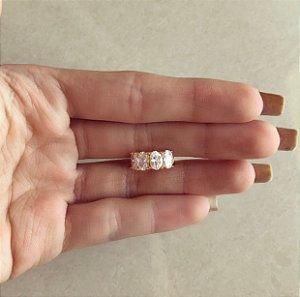 Piercing de Pressão Luxemburgo Maxi Zircônias Diamond Dourado