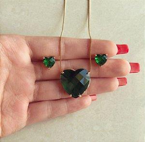 Conjunto Coração Médio Pedra Raiada Verde Esmeralda Dourado