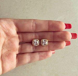Brinco Quadradinho de Maxi e Micro Zircônias Diamond Dourado