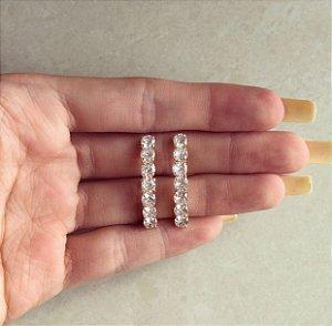 Brinco Ear Hook Maxi Zircônias Diamond Dourado