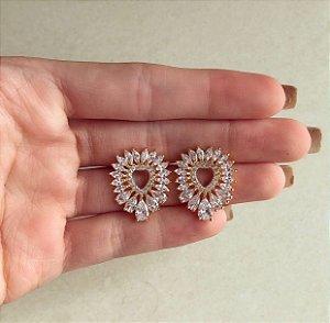 Brinco Maxi Coração Luxuoso com Mil Navetes de Zircônias Diamond Dourado