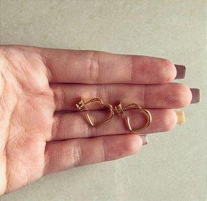 Argolinha Mini Coração Vazado Dourado