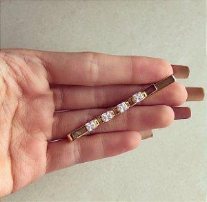 Grampo Delicado com Quadradinhos de Maxi Zircônias Diamond Dourado