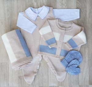 Saída Maternidade Tricot - Rafael Bege e azul (Sem body)