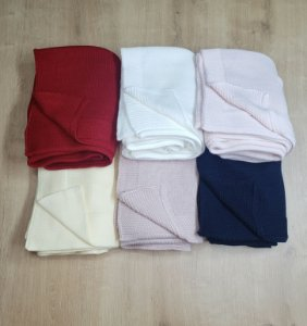 Manta tricot modelo lisa - Cores diversas