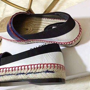 SAPATILHA FEMININO, faz com que os sapatos sonhados pelas mulheres se tornem realidade, com preços formidáveis.