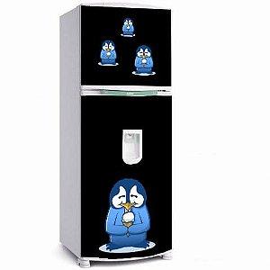 Adesivo geladeira pinguim azul