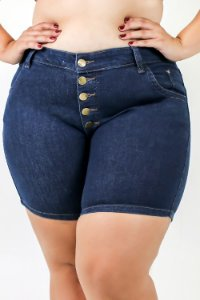 Short jeans Botoes Plus Size