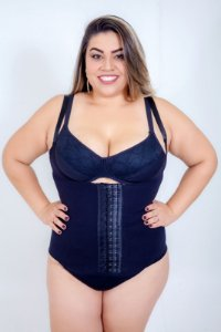 Corpete Up Bra Preto Plus Size