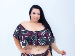 Top Ciganinha Floral Plus Size