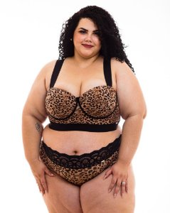 Top Croped Bia Plus Size