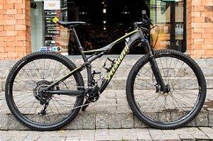 Bicicleta Specialized Epic Comp Carbon 2017 - Tamanho M - Seminova