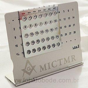 Calendário Permanente - Aluminio - Gravação Esquadro e Compasso e MICTMR - Discreto