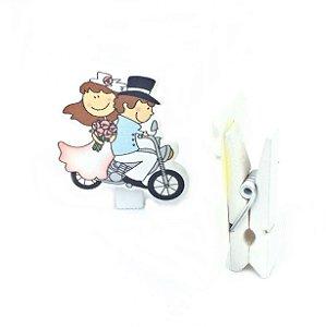 Mini Pregadores de Madeira com Tema Novinhos - Tamanho 3,5 cm - 50 unidades