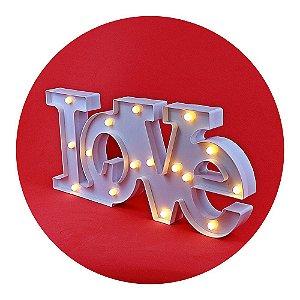Placa Love com LED Decorativo - Tamanho 51x23cm