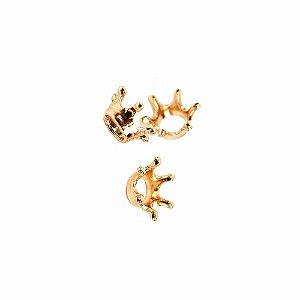 20 Unidades Mini Coroa em Metal Dourada 1,4 cm