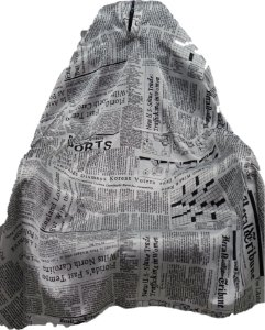Capa de Corte em Cetim com Notícias de Jornal - Tam. Adulto Padrão
