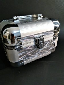 Maleta Pequena Cromada para Maquiagem / Joias - Alumínio