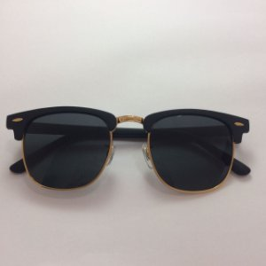 Óculos Moderninho