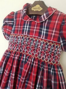 Vestido Casinha de Abelha Xadrez Girl