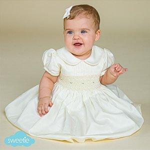 Vestido Bordado Bebê Algodão 400 Fios Off White