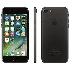 iPhone 7 Apple 32GB/128GB,/256GB com Tela Retina HD de 4,7, 3D Touch, iOS 10, Touch ID, Câmera 12MP, Resistente a Água e Sistema de Alto-Falantes Estéreo – Preto Matte