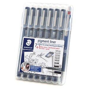 Caneta Pigment Liner Staedtler 7 Canetas - Gratis 1 Lapiseira Mars Micro 0.5mm