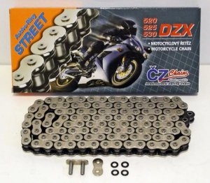 "Corrente CZ CHAINS 520 X 120 DZX com retentor em ""X"""