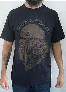 Camiseta Black Sabbath - Never Say Die