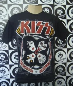 Camiseta Kiss - Rock and Roll Over