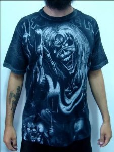 Camiseta Full Print - Iron Maiden