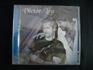 CD Victor & Leo - Perfil