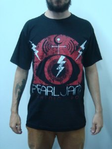 Camiseta Pearl Jam - Lightning Bolt