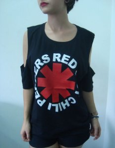 Camiseta feminina com ombro aberto - Red Hot Chili Peppers