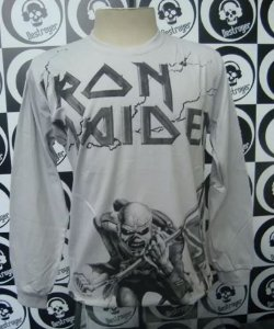 Camiseta manga longa estampa total - Iron Maiden - The trooper