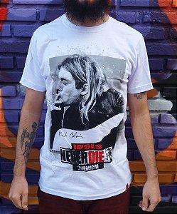 Camiseta Idols Never Die - Kurt Cobain - Nirvana