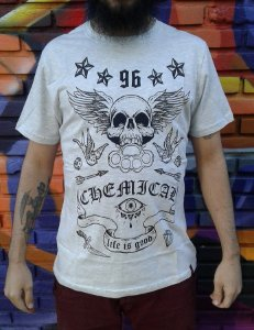 Camiseta Alternativa Chemical - Life is Good