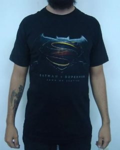 Camiseta Batman vs Superman