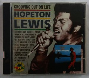 CD Hopeton Lewis - Grooving out on life
