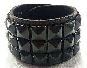 Bracelete/ Pulseira com rebites pretos