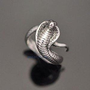 Anel Serpente Naja Indiana em prata