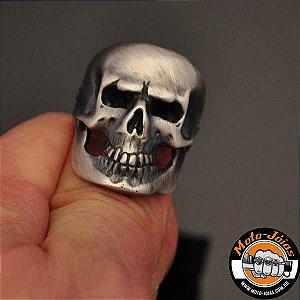 Anel Masculino Crânio Fosco com Chamas em Prata 950K