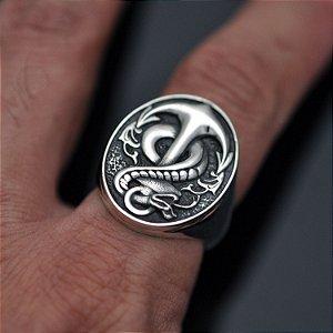 Anel âncora com cobra em prata 950k