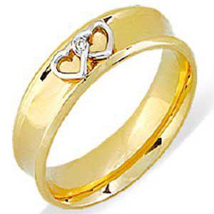 Aliança em Ouro amarelo 18k e detalhes em coração em ouro branco 18k