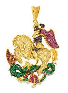Pingente São Jorge em ouro 18k com pedras safira, esmeraldas, cristal e rubelitas