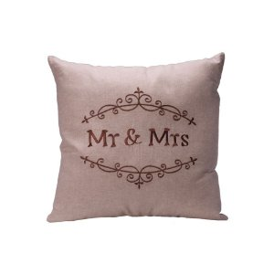 Capa de almofada bege bordado Mr & Mrs C209744