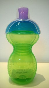 Copo grande com tampa click lock verde/azul
