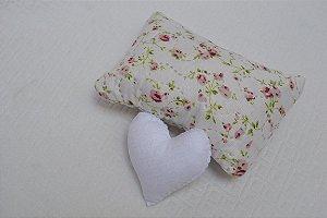 Kit mini travesseiro e coração