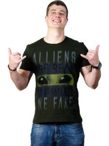 Camiseta Aliens are Real